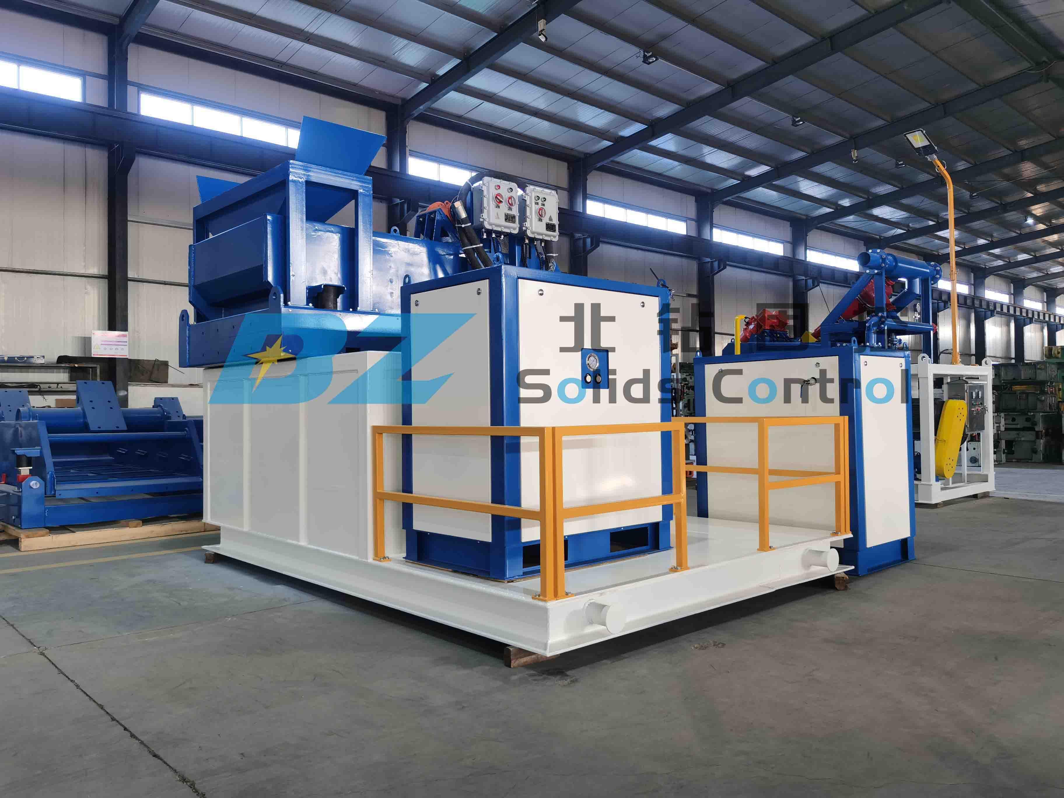 北钻固控负压振动筛分装置发往钻井废弃物处理现场
